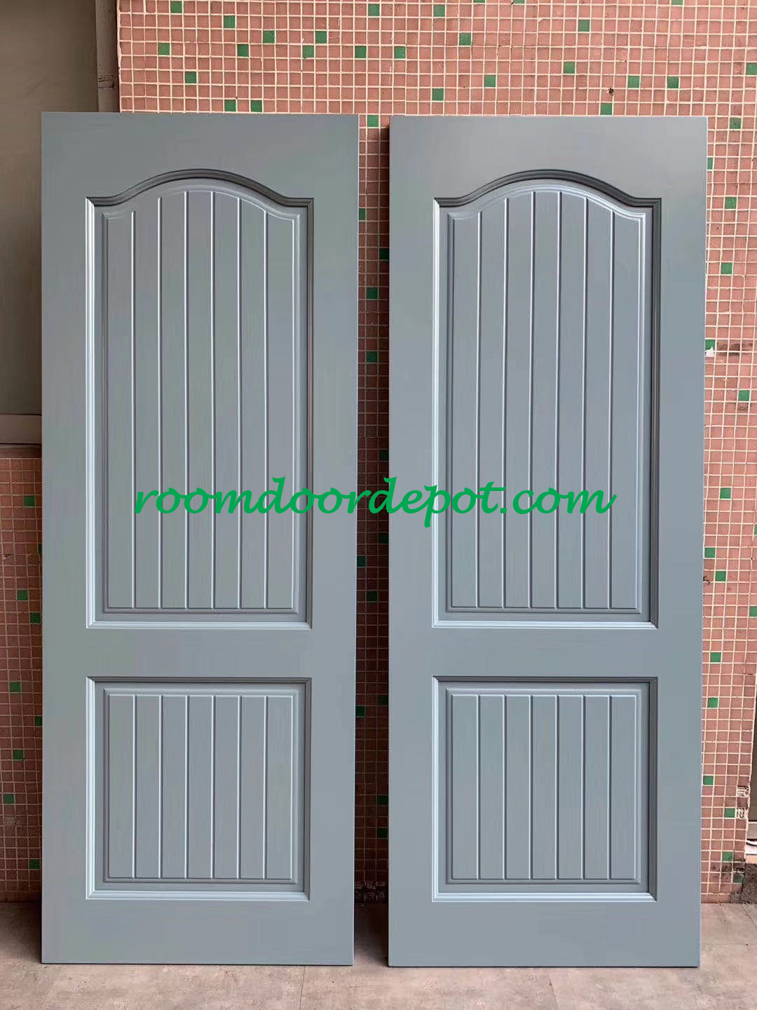lacquer finished solid wood interior doors in pre-hung packing